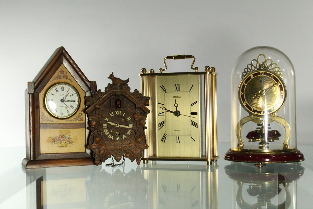 Collection of assorted clocks - 4