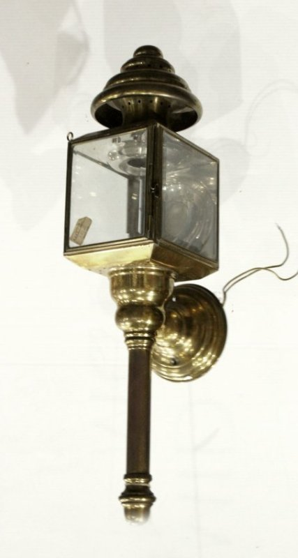 Brass CARRIAGE LAMP STYLE Outdoor Wall Sconce