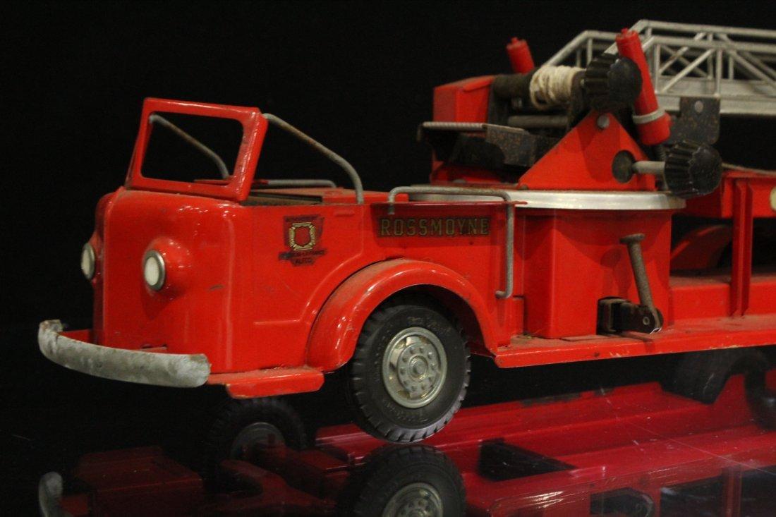 MODEL TOYS ROSSMOYNE Fireman Hook And Ladder Truck - 2