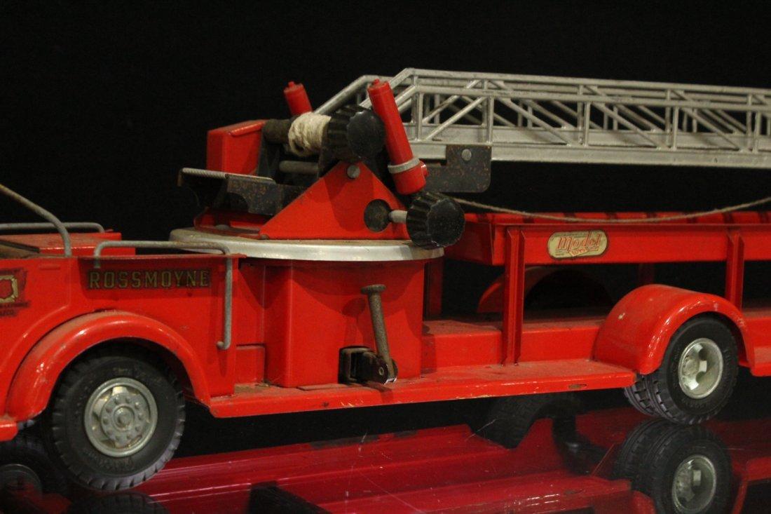 MODEL TOYS ROSSMOYNE Fireman Hook And Ladder Truck - 3