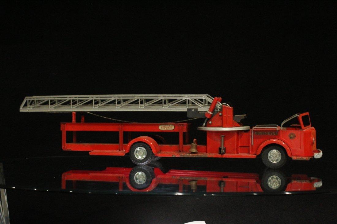 MODEL TOYS ROSSMOYNE Fireman Hook And Ladder Truck - 7