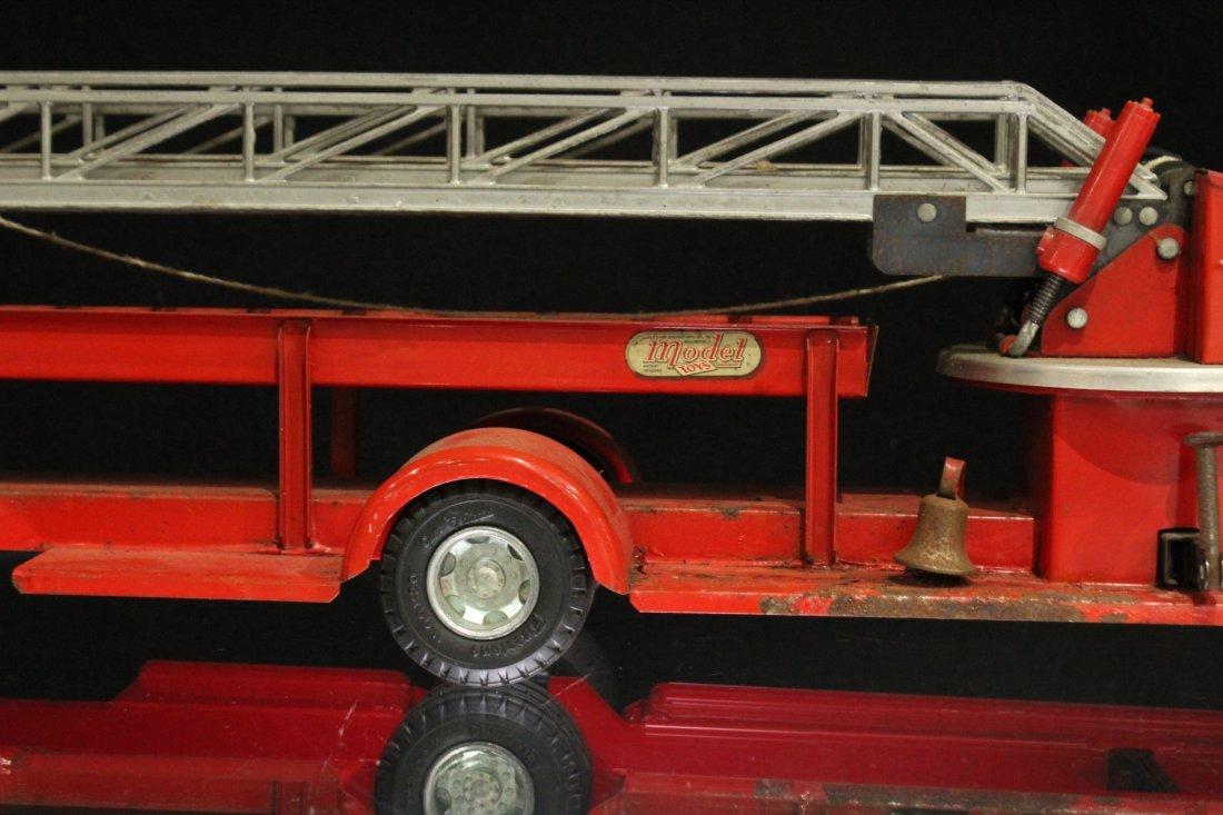 MODEL TOYS ROSSMOYNE Fireman Hook And Ladder Truck - 9