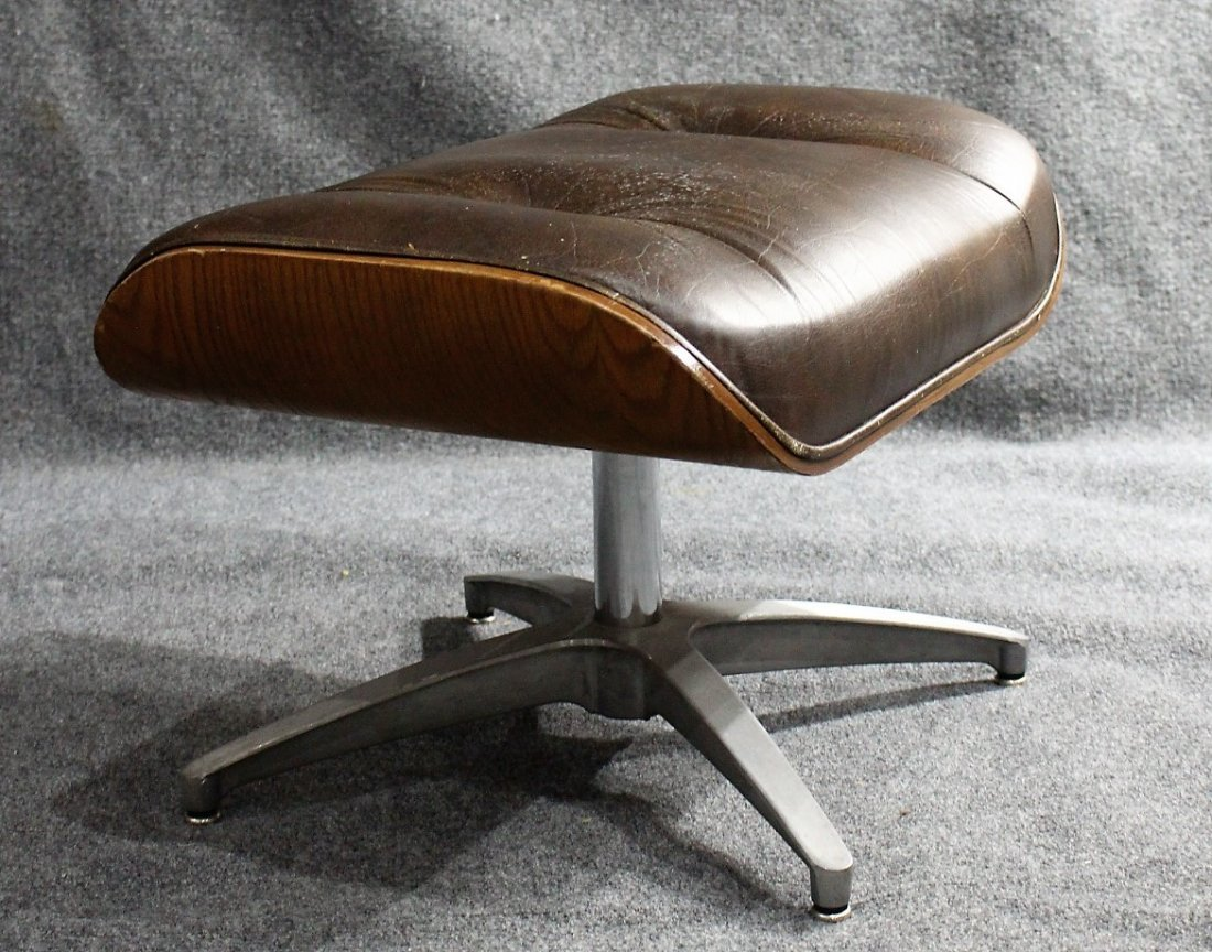 HERMAN MILLER - EAMES STYLE OTTOMAN BROWN LEATHER - 4
