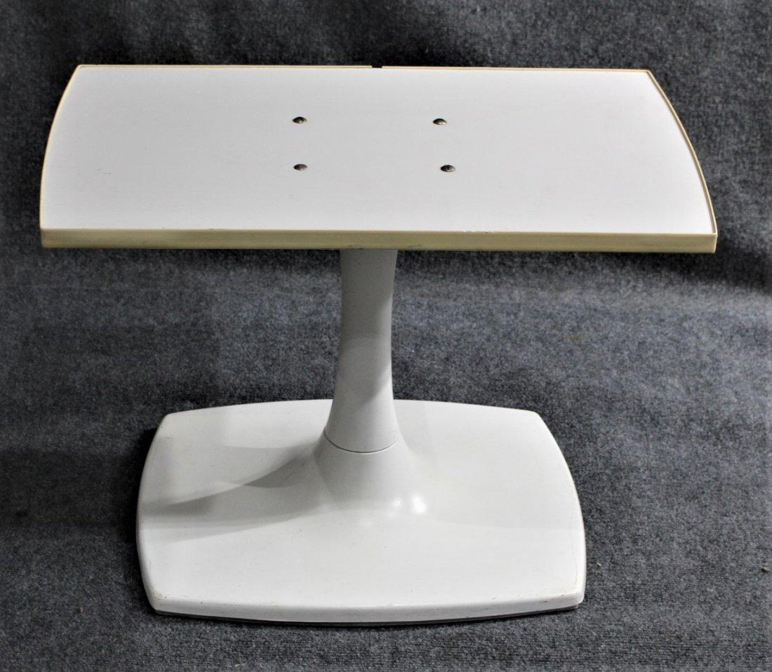 GUSDORF Mid-Century WHITE TULIP BASE TV / STEREO STAND - 3