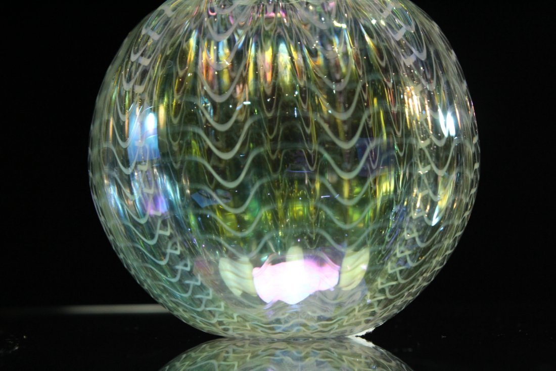 Signed STUDIO ART GLASS VASE  Iridescent With Threading - 4