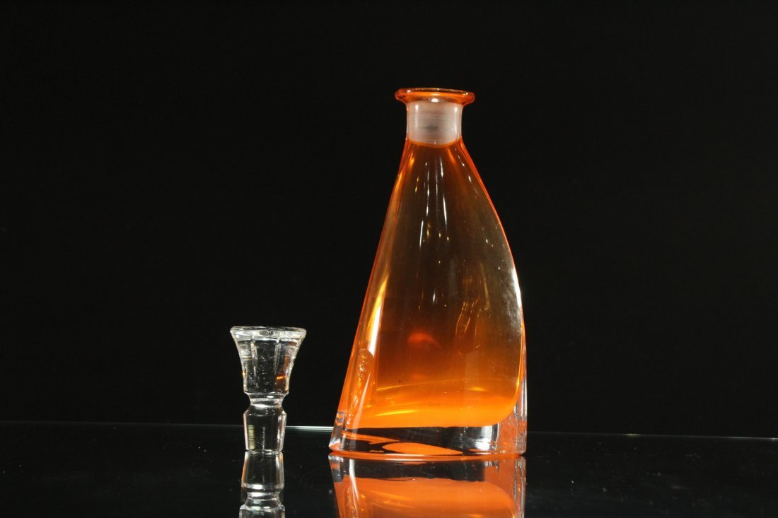 Mid-Century AMBER SWEDISH GLASS DECANTER WITH STOPPER - 4