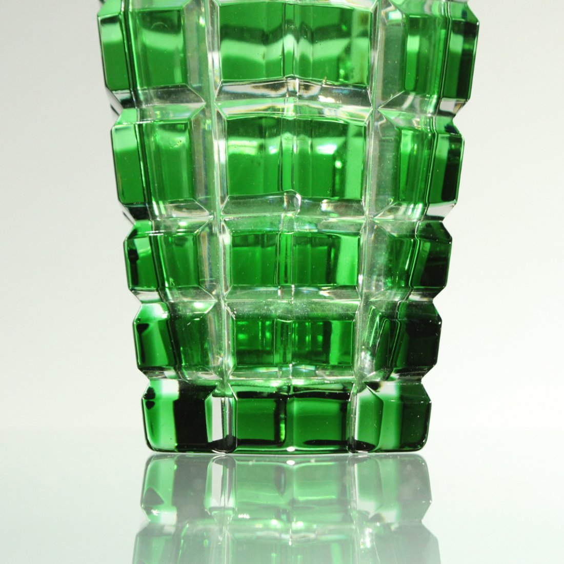 MIKASA W. Germany GREEN FACETED SQUARES TAPERED VASE - 3