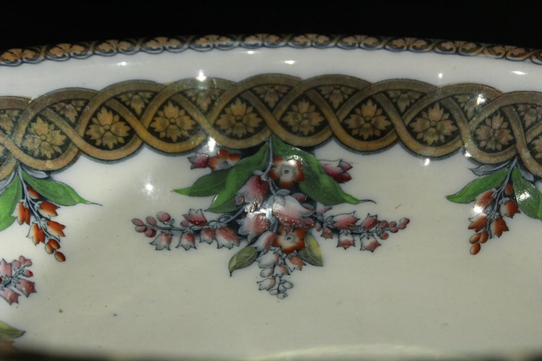 H & W LILY 19th C. FINE PORCELAIN LARGE BOWL - 3