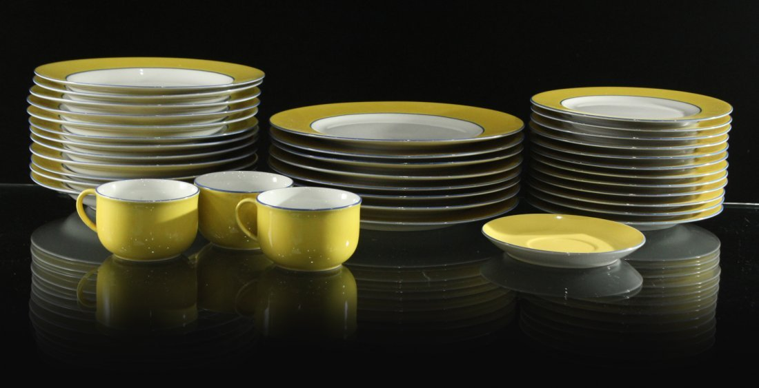 TOGNANA ITALY 33-Piece Porcelain Dinner YELLOW WHITE