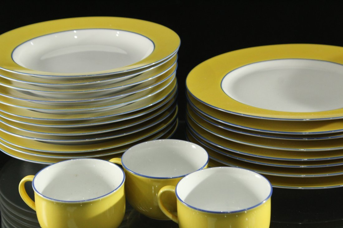 TOGNANA ITALY 33-Piece Porcelain Dinner YELLOW WHITE - 2