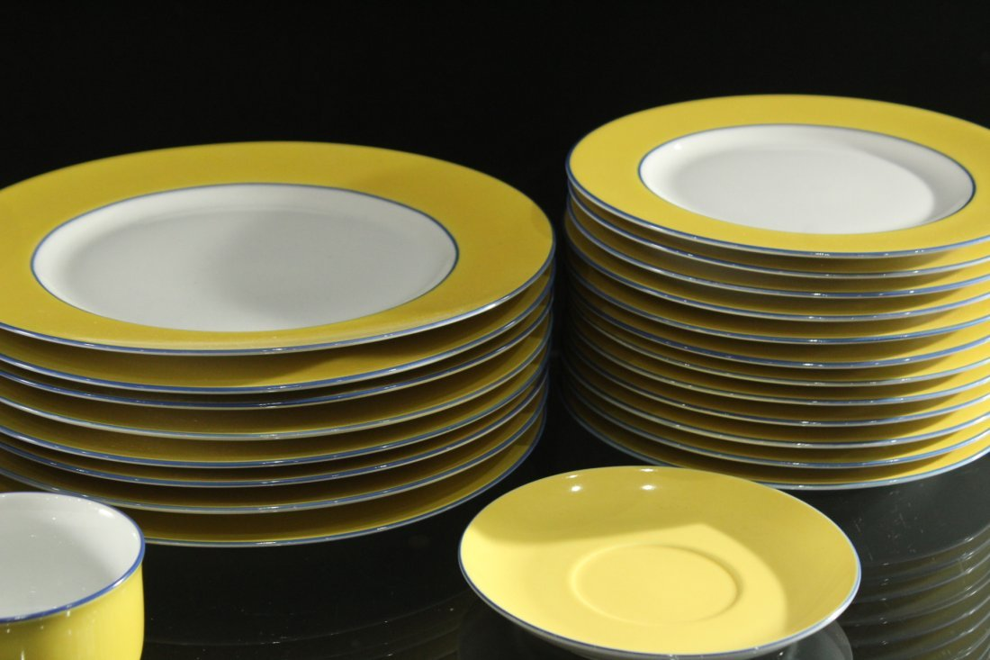 TOGNANA ITALY 33-Piece Porcelain Dinner YELLOW WHITE - 3