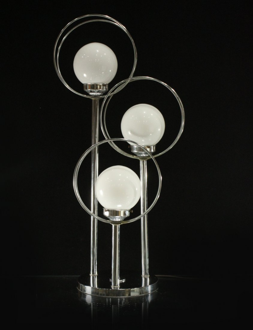 Mid-Century Design Chrome Circle 3-Light Table Lamp