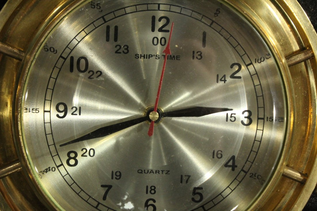 Modern Design Brass Ships Wall Clock - Quartz - 3