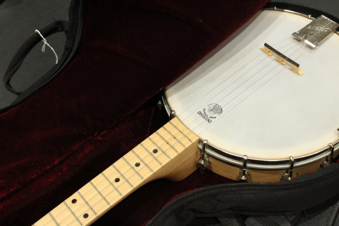 Goodtime 5 String Banjo with Case - 6