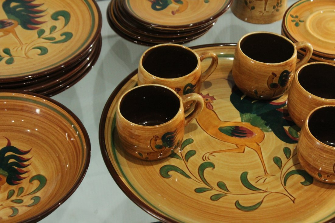 Rooster Pennsbury Pottery Dinner Set - 4