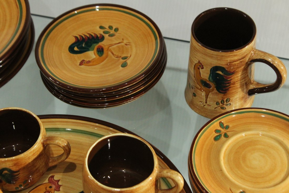 Rooster Pennsbury Pottery Dinner Set - 5