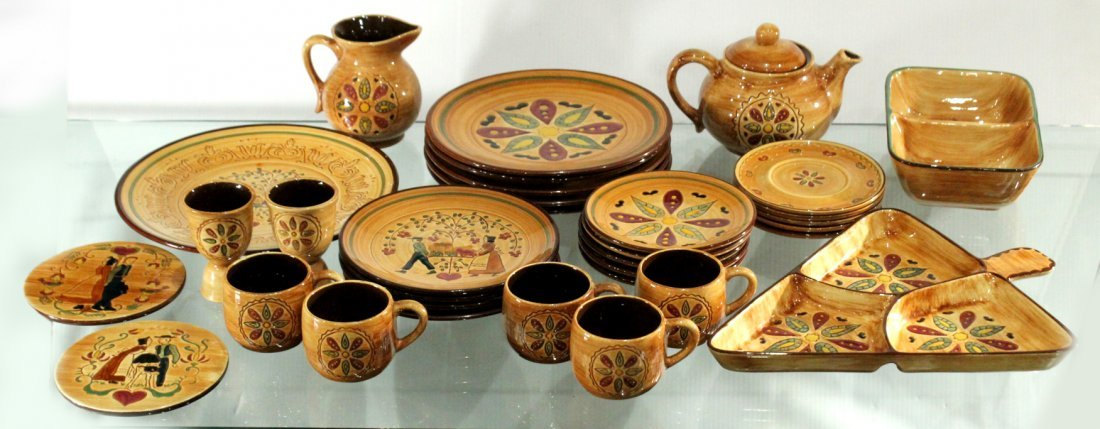 Pennsbury Pottery Dinner set Country star