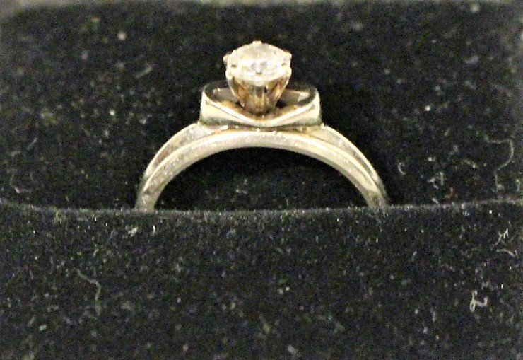 14k White Gold Diamond Engagement Ring & Wedding Band - 7