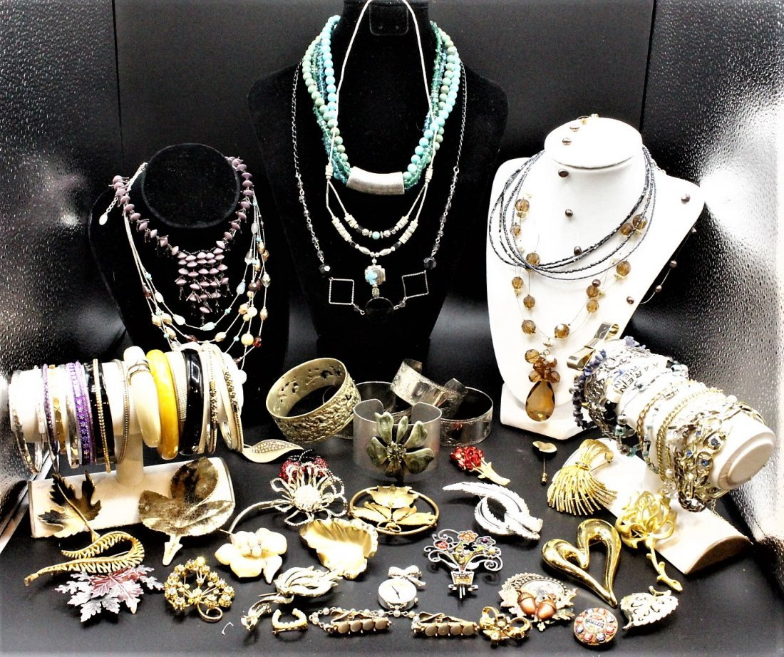 LARGE COSTUME JEWELRY GROUPING Over 70 Pieces ASSORTED