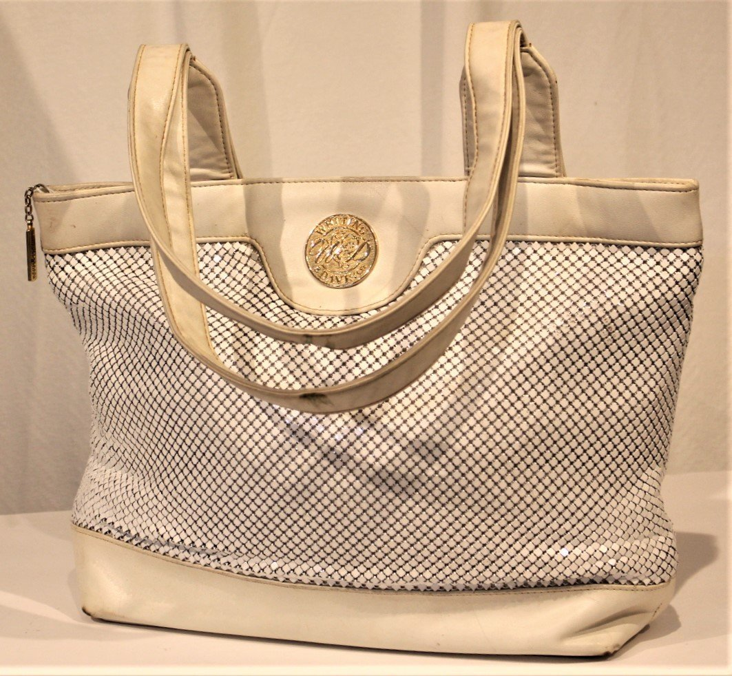 WHITING AND DAVIS - White Leather And Mesh HAND BAG - 2