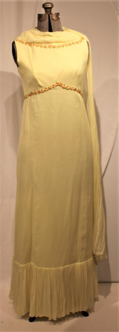 Vintage 1960s YELLOW FULL LENGTH EVENING GOWN - 6