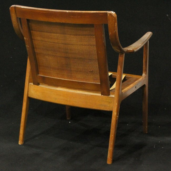 DANISH Designed Mid-Century Modern Lounge Chair - 4