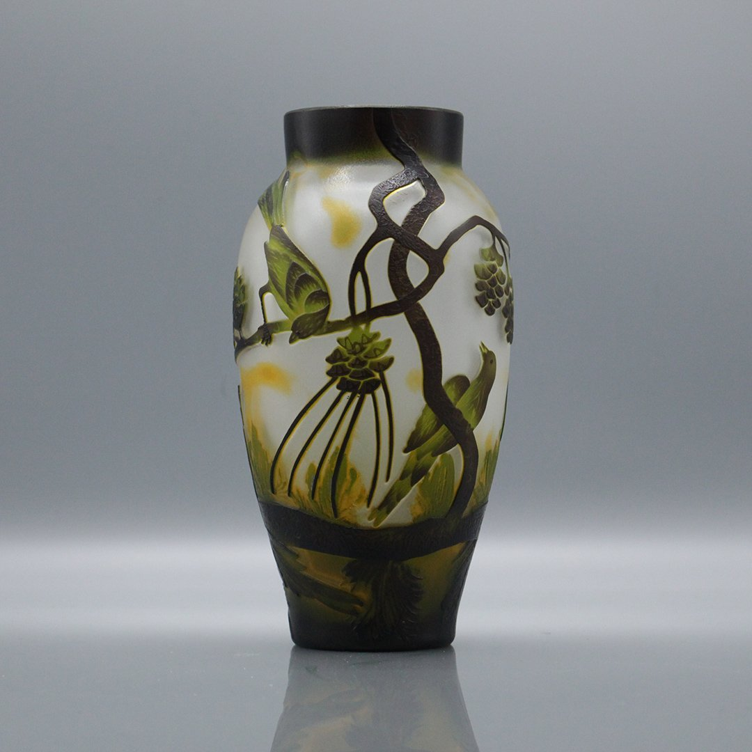 Cameo Glass 3-Color Art Glass Vase Birds on Branches