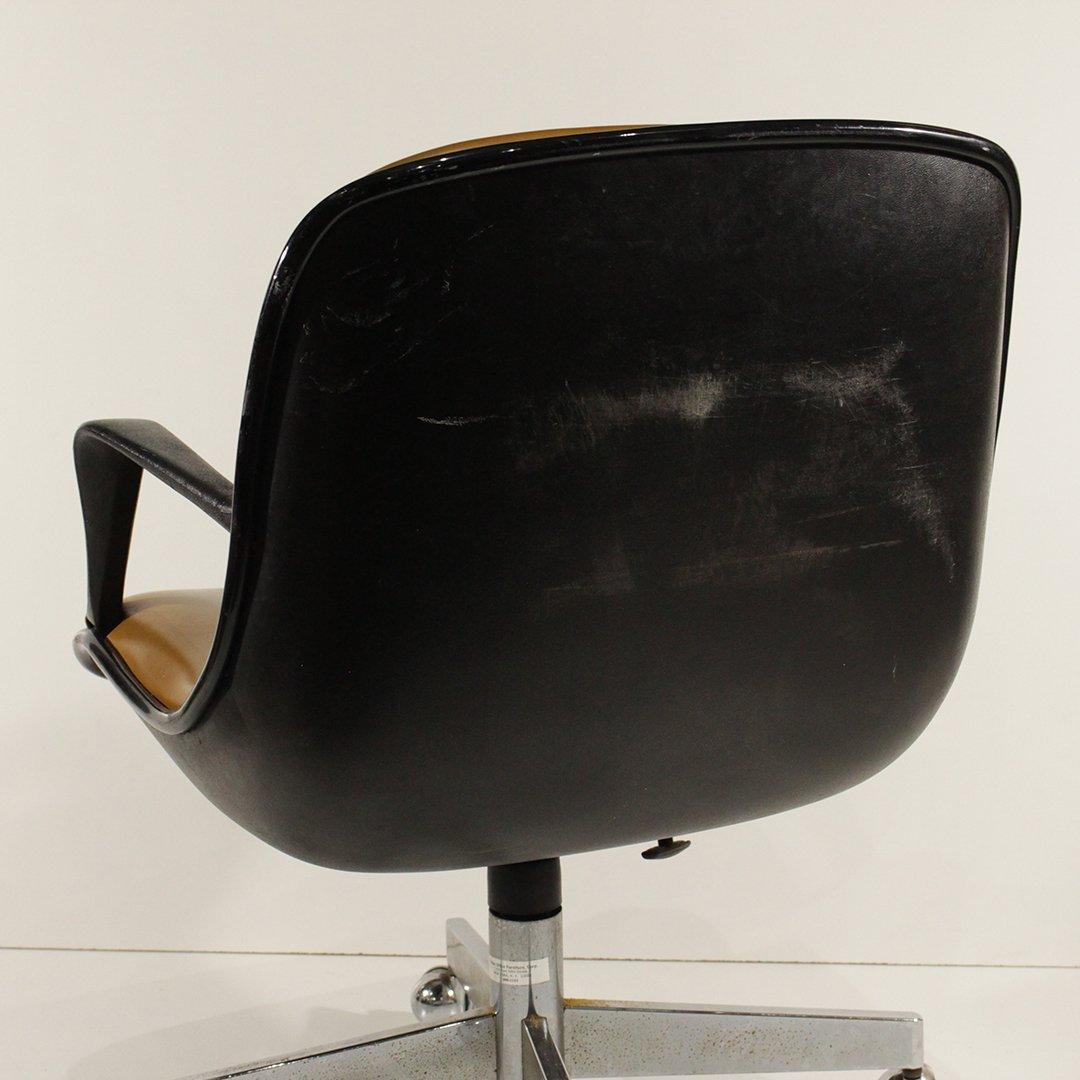 Mid-Century Modern Molded Swivel Office Arm Chair - 5