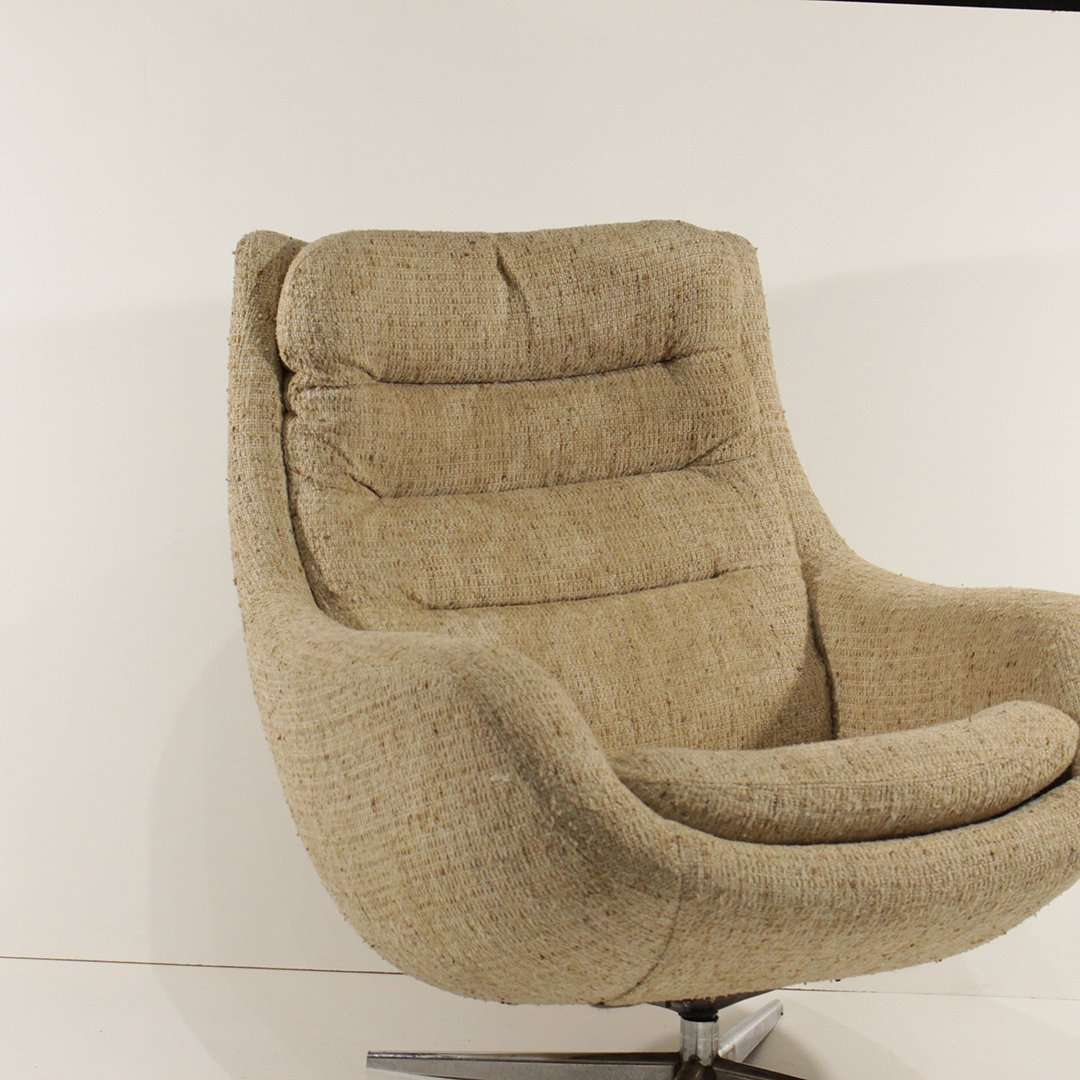Mid-Century Modern Upholstered Swivel Lounge Chair - 2