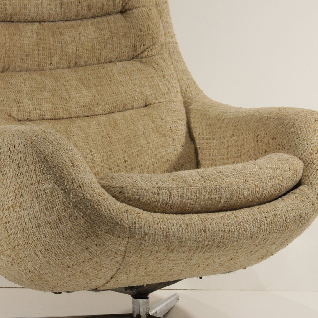 Mid-Century Modern Upholstered Swivel Lounge Chair - 3