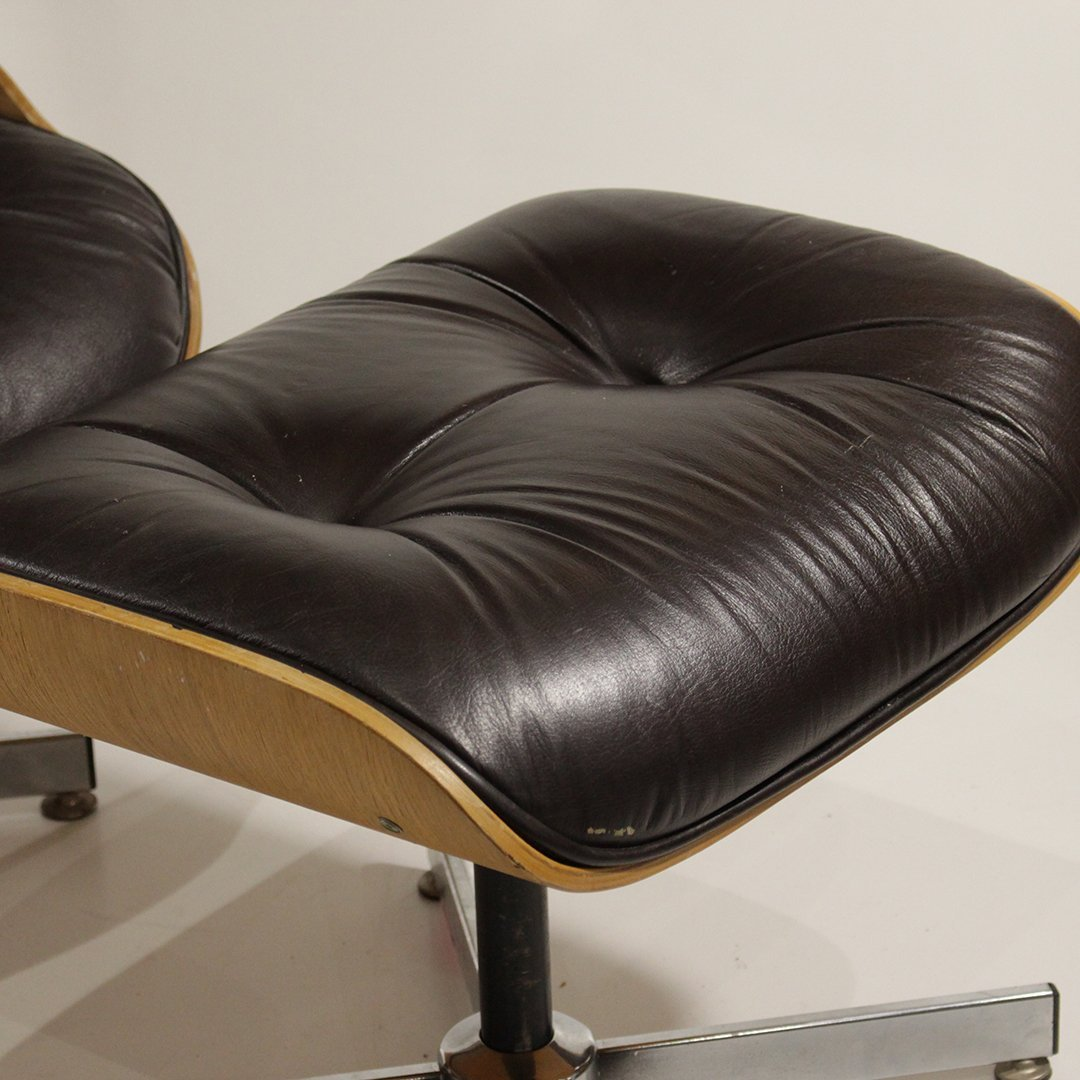 Herman Miller - Eames Style Lounge Chair and Ottoman - 5
