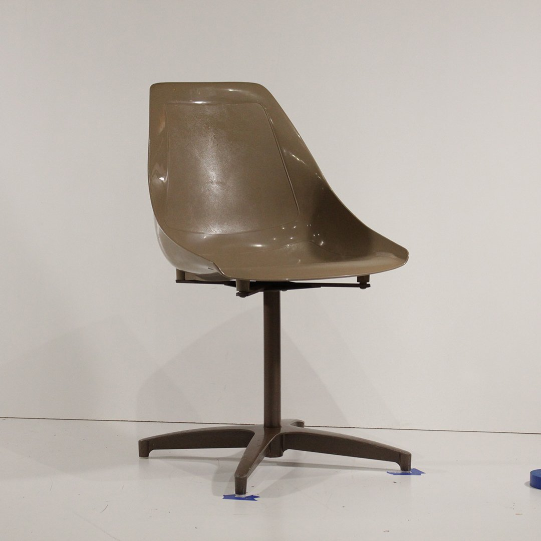 Four [4] Mid-Century Modern Molded Shell Chairs U.S.A. - 5