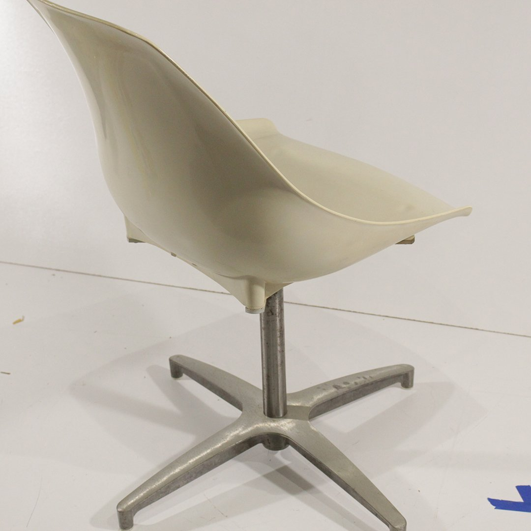 Four [4] Mid-Century Modern Molded Shell Chairs U.S.A. - 9