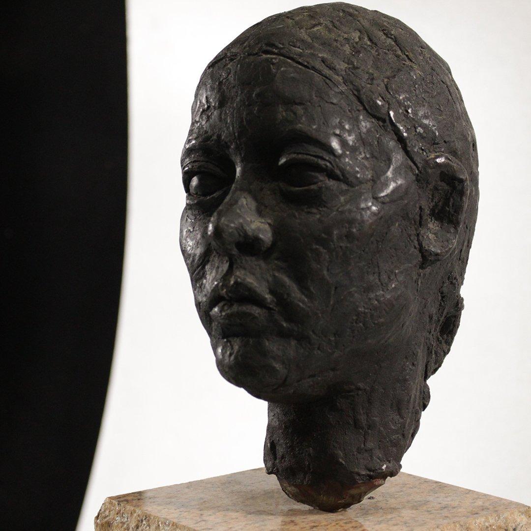Circa 1930's Bronze Sculpture Head of a Woman - 2