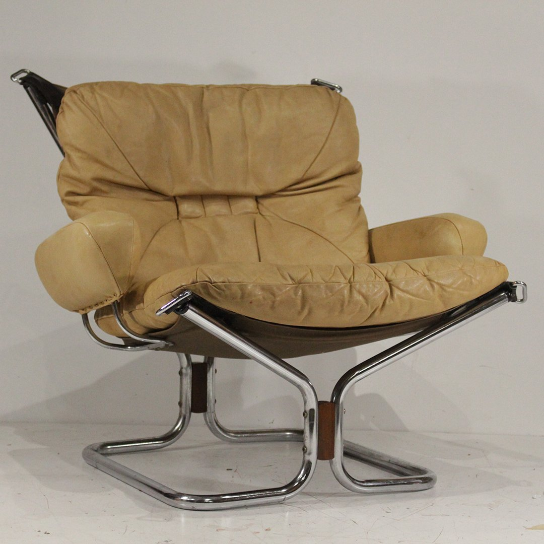 """Harald Relling For Westnova """"Wing"""" Chair"""