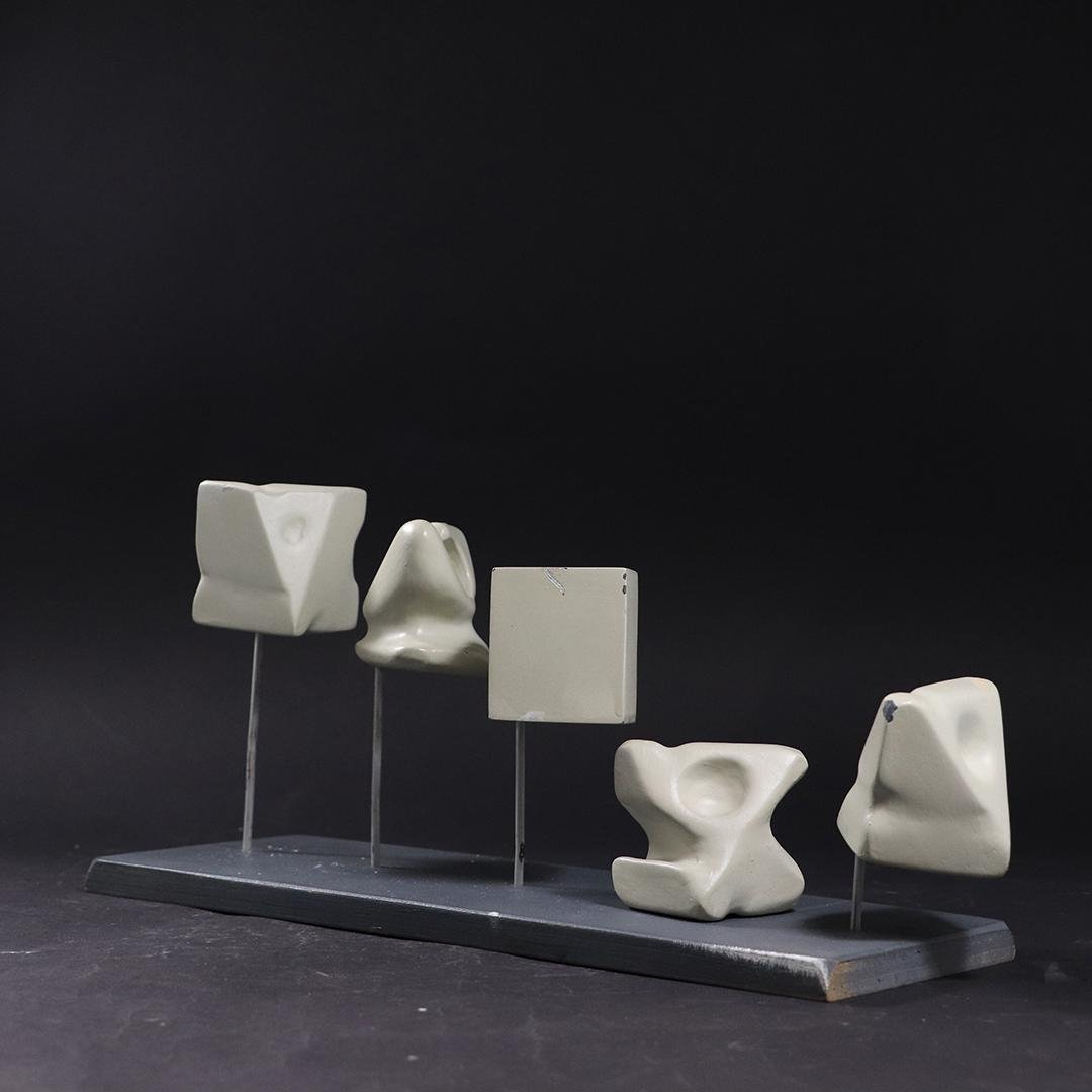 STYLE OF NOGUCHI  5 Small Wood Biomorphic Sculptures