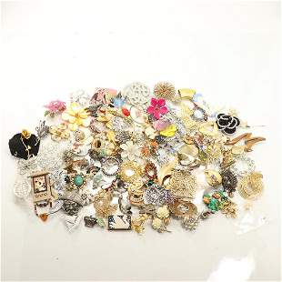3.5 Pounds of Costume Fashion Brooches & Pins GRAB BAG
