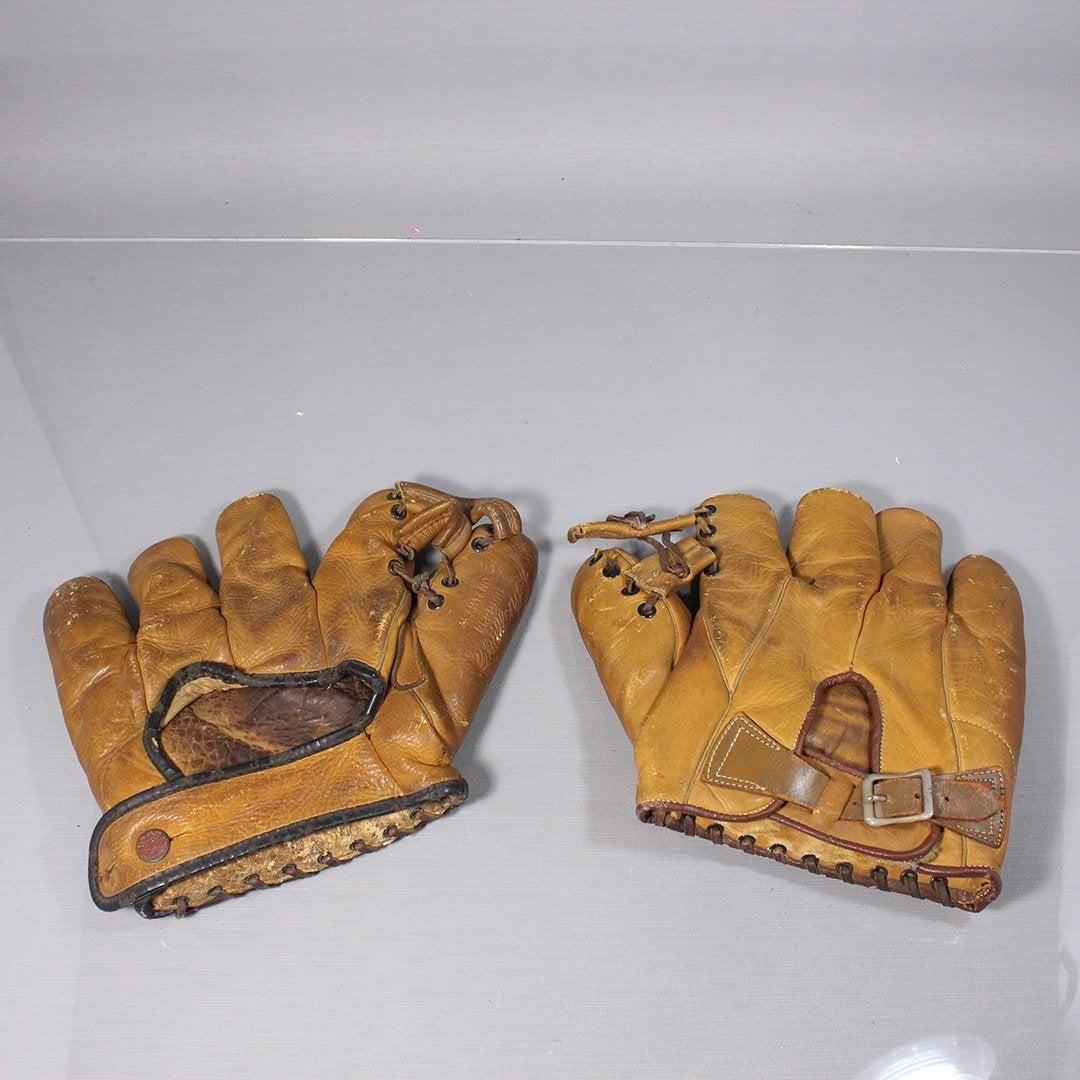 [2] Vintage Baseball Gloves: Bob Feller JC HIggins, Spa