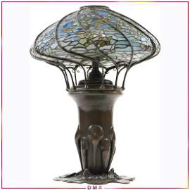 TIFFANY STUDIOS NEW YORK Swarming Butterflies Lamp