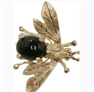 """14K Yellow Gold and Jade Insect """"Fly"""" Pin / Brooch"""
