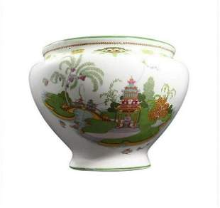 Whieldon Ware, Porcelain Bowl Oriental Scenic Decorated