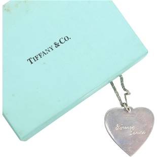 Tiffany & Co .925 Sterling Silver Heart Necklace w/ Box