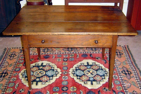 3001: 18th C. AMERICAN WALNUT HEPPLEWHITE TABLE W DRAWE