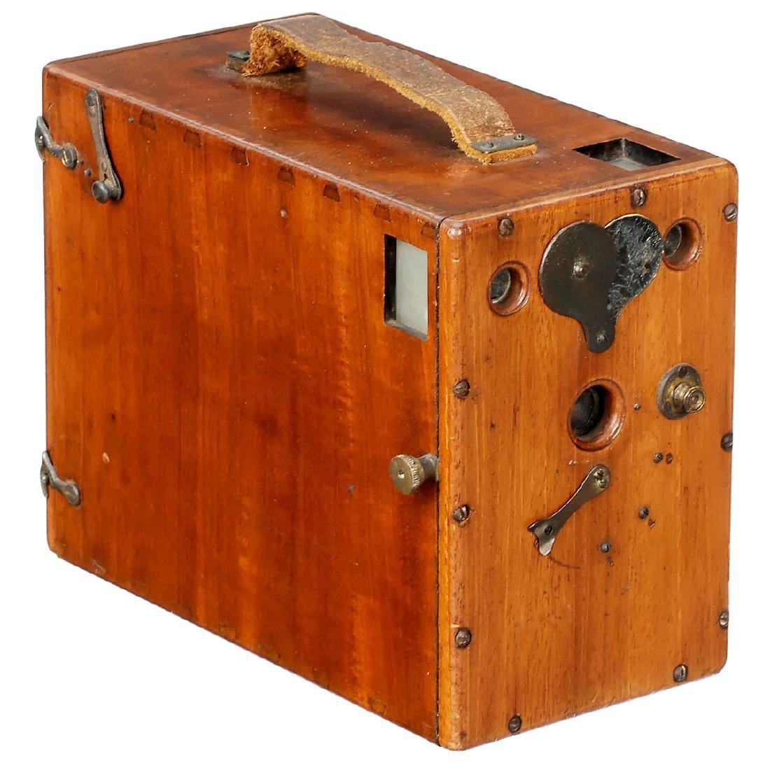 Polished Wood Magazine Camera 9 x 12, c. 1880