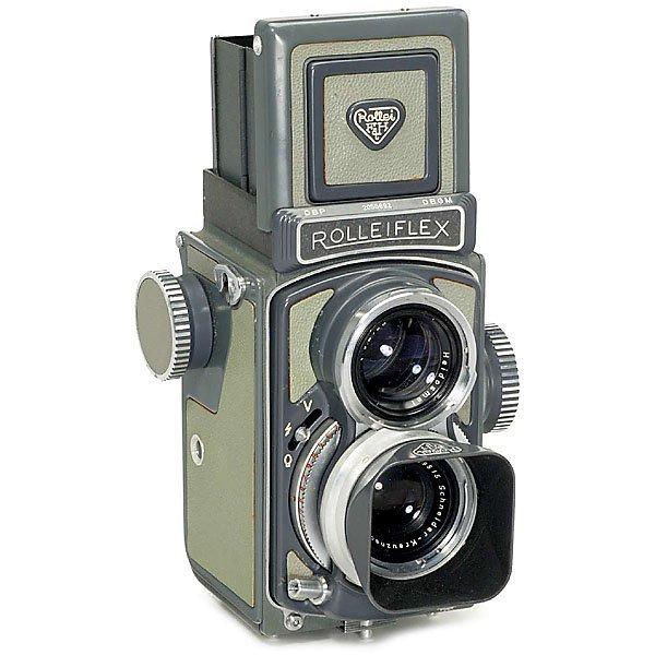 1: Rolleiflex 4 x 4 cm (Grey), c. 1958