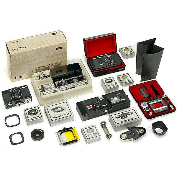 17: 4 Rollei Cameras and Accessories