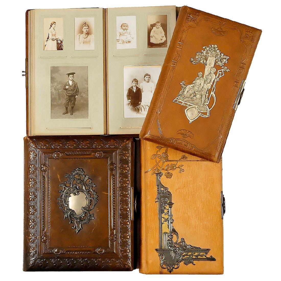 4 De Luxe Leather Photograph Albums