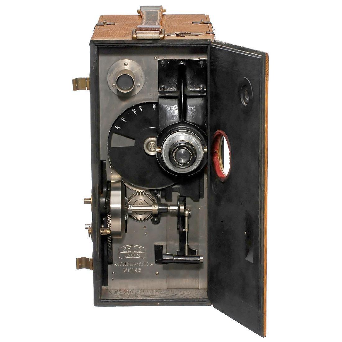 Zeiss Ikon Kino-A 35mm Movie Camera, c. 1932 - 2