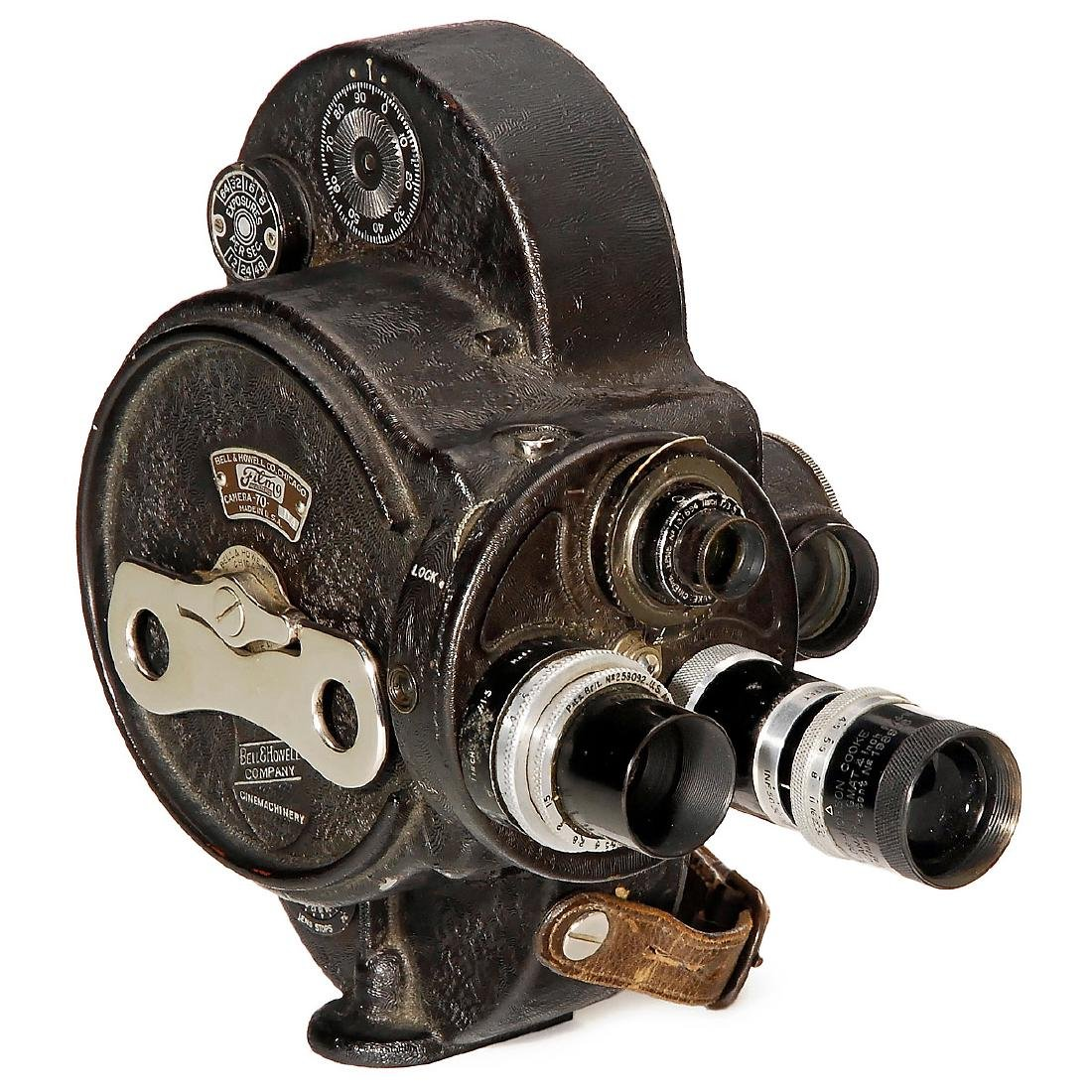 Bell & Howell Filmo 70DA 16 mm Movie Camera, c. 1940