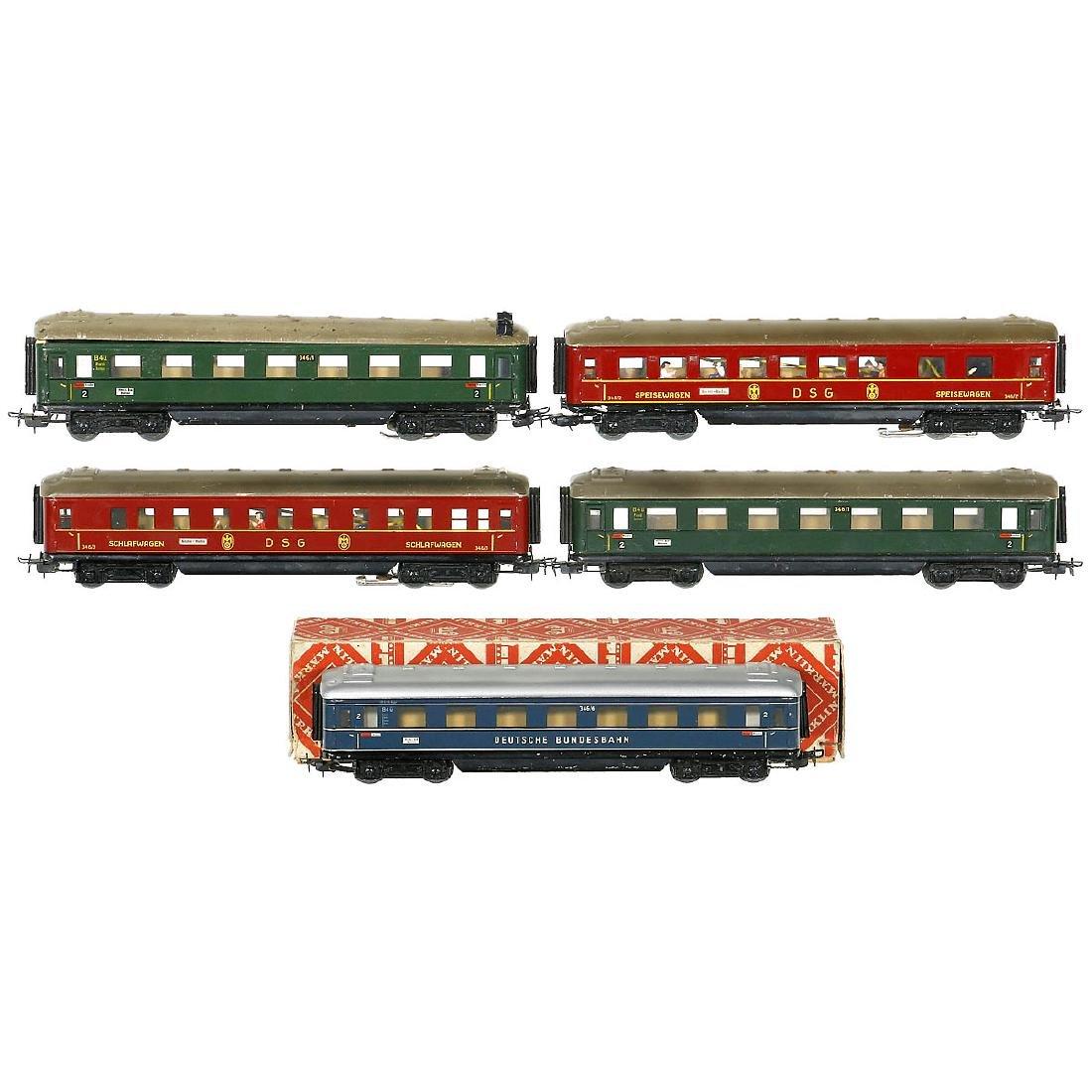 5 Märklin Series 346 Passenger Cars, c. 1953